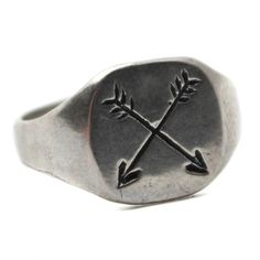 Hand carved and engraved Men's Ring Made from either Brass or Sterling Silver This signet ring features two crossed arrows, a common Native American symbol for friendship. * Handmade in Brooklyn, NY b