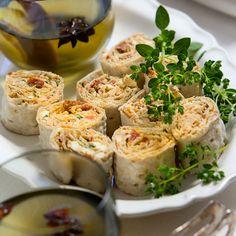 Recept på Fetaostfyllda tunnbrödsrullar från - Hemmets Journal