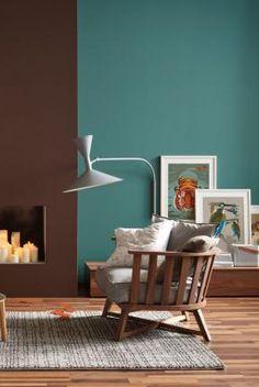 Petrol Als Wandfarbe U2013 So Wird Sie Kombiniert: Die Wandfarben Petrol Und  Braun In Einem Raum