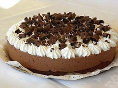 Torta brownie,dulce de leche,mousse de chocolate y merengue italiano