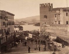 Verona storica - View of Castelvecchio in Verona, the day after the flood of Adige, 22 September Date of Credits: Fratelli Alinari Museum Collections, Florence Verona, Museum Collection, Florence, Opera, History, Photography, Painting, Collections, Italia