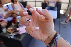 five seconds of summer nails. Super Cute Nails, Pretty Nails, Hair And Nails, My Nails, Rock Nails, Band Nails, Concert Makeup, 5sos Nails, Cool Nail Designs