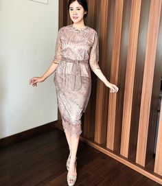 Kebaya Lace, Kebaya Dress, Dress Pesta, Red Dress Casual, Spring Dresses Casual, Dress Brukat, Batik Dress, Dress Brokat Modern, Batik Fashion