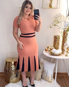 Plus size outfits Latest African Fashion Dresses, African Dresses For Women, Women's Fashion Dresses, Dress Outfits, Classy Work Outfits, Classy Dress, Lace Dress Styles, African Traditional Dresses, Elegant Dresses
