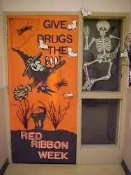 red ribbon week door decorating winners - Google Search Red Ribbon Week, Purple Ribbon, Halloween Door Decorations, School Decorations, Halloween Projects, Halloween Fun, Drug Free Posters, Hallway Decorating, Decorating Ideas