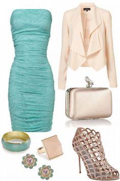 un look muy femenino en beige y turquesa para la #boda civil  Mas ideas para la #bodacivil en www.casarcasar.com