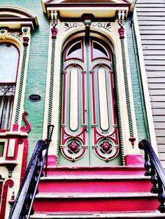 Doors of Albany - Painted Lady. via Aiesha Bonneau Door Entryway, Entrance Doors, Doorway, Front Doors, Cool Doors, Unique Doors, Portal, Knobs And Knockers, Door Knobs