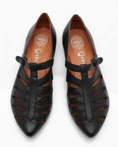 NeedSupply.com / Jeffery Campbell / Banshee Pointed Flat ($100-200) - Svpply