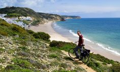 Yahoo writer Chris Parsons stops for a breather on the Portugese coast a few miles from Luz. (Yahoo/Chris Parsons)