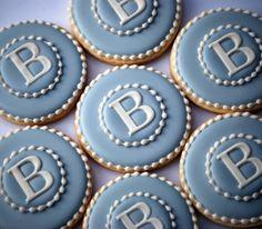 Elengant Monogram Blue & White Cookies  una docena decoradas