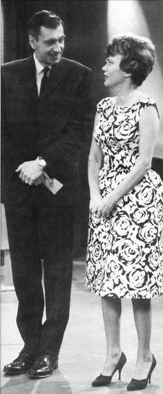 Jean Lajeunesse et Janette Bertrand Auj, Tv Presenters, Long Time Ago, Canada, Portraits, Culture, Memories, Actors, Places