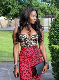 Leopard in 2 shades, mixed.  Stunning, but not for the shy.  You have to have confidence to rock this look.