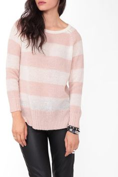 argh! i'm in looowve with stripes pattern. this tops r kyoodh