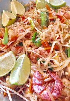 Pad Thai with prawns 🍤