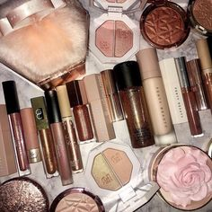 Make Up Bag,Mossio Portable Fashion Lady Travel Luggage Small Cosmetic Bag Red - Cute Makeup Guide Beauty Bar, Beauty Makeup, Hacks, Makeup Artist Tips, Cute Makeup, Fast Makeup, Makeup Stuff, Girls Makeup, Barbie Makeup