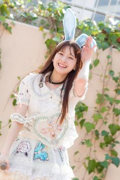 金子理江 (Rie Kaneko) My Girl, Cinderella, Idol, Geek Stuff, Flower Girl Dresses, Disney Princess, Wedding Dresses, Lady, Cute
