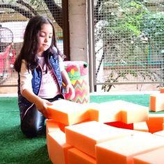 Aqui você pode construir templos do Nepal como a Mariana aqui na nova unidade do Miniland buffet em Pinheiros  #buffetminilandpinheiros #Minilandbuffetpinheiros #leãostudio