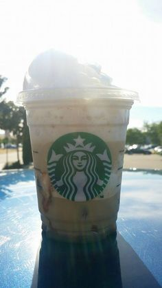 Desiree got this S'mores Frap #FREE with the #StarbucksGiftCard she won! #GotMyCatchySamples