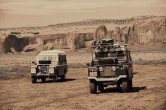 Land Rover 109 Serie II A SWB dormobile in desert adventure.