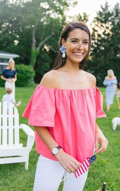 What to wear on Memorial Day weekend -- lots of stripes, gingham, and white for your BBQ and poolside itinerary. Welcome summer fashion! Preppy Outfits, Preppy Style, Cute Outfits, My Style, Preppy Girl, Spring Summer Fashion, Spring Outfits, Style Summer, Dressed To The Nines