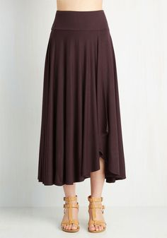 Travel Writing Workshop Skirt in Plum. Teach tips on angle, tone, and voice all while looking the part of a traveler in this deep plum skirt! #purple #modcloth