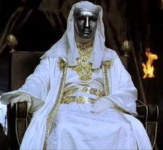 Balduíno IV governou o reino de Jerusalém por onze anos sem críticas por parte de seus pares, ao menos no que diz respeito à sua doença.