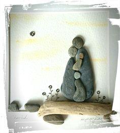 Pebble Art: Beach Pebbles on Driftwood