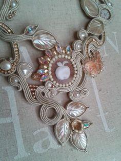 Le stelle di Eli Soutache Necklace, Ring Necklace, Earrings, Shibori, Bracelets, Necklaces, Conte, Beads, Amazing