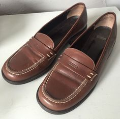 685cda02d3d Coach Lorna Brown Leather Loafer Shoes Size 7 1 2 B Made in Italy