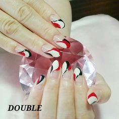 赤白黒のアートフレンチ☆.*・+。   東京都小平市のネイルサロン☆.。.:*・゚DOUBLE ☆.。.:*・゚ Diagonal Nails