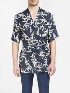 MARC JACOBS , Shadow Leaf Kimono Gömlek  #marcjacobs #leaf #kimono #shirt #shopigo #shopigono17 #ss16 #conceptstore #onlinestore #onlineshopping #buyonline #onlineconceptstore #menswear #mensfashion #mensstyle #readytowear #fashion