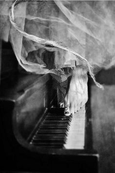 """""""The piano ain't got no wrong notes. Piano Player, Black N White, Photos, Pictures, Belle Photo, Music Is Life, Black And White Photography, Monochrome, Art Photography"""