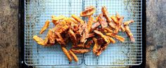 10+ Fast-Food French Fry Recipes — Hacked! https://www.popsugar.com/food/Copycat-French-Fry-Recipes-43164495