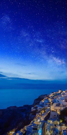 SantoriniRomantic, a city without darkness is part of Greece wallpaper - Greece Wallpaper, Nature Wallpaper, Of Wallpaper, Screen Wallpaper, Beautiful Sky, Beautiful Landscapes, Beautiful Places, Landscape Photography, Nature Photography