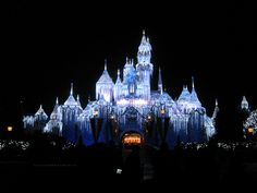 Sleeping Beauty Castle at Disneyland, California | 29 Gorgeous Castles From Around The World
