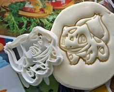 Pokemon Bulbasaur Ausstecher / hergestellt aus biologisch abbaubarer Werkstoff / brandneue / Party gefallen / Kinder Geburtstag / Baby Dusche / Cake Topper Kid