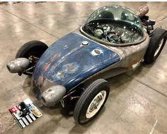 Roth style bubble top VW bug custom...2018 Detroit AutoRama..way cool!!