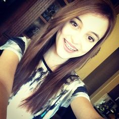 Kaelyns new color. Like if you think it's pretty or if you love Kaelyn and you will get a follow:)