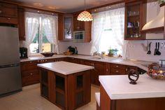 Konyhák - Google keresés Kitchen Island, Google, Home Decor, Island Kitchen, Decoration Home, Room Decor, Home Interior Design, Home Decoration, Interior Design