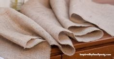 5 Ways to Keep Burlap From Unraveling - Inspired by Familia