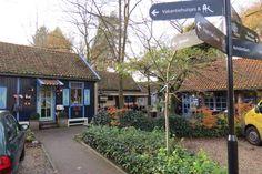 2014-11-23 Bij Theehuis Dennenoord is het het goed toeven. Van high tea tot een lekkere warme hap.