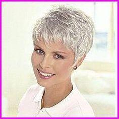 pixie Haarschnitt 48 stunning short pixie haircut ideas that will change in 2019 # Short Hair Over 60, Short Hairstyles Over 50, Short Hair Older Women, Haircut For Older Women, Haircuts For Fine Hair, Short Pixie Haircuts, Short Hair With Layers, Short Hairstyles For Women, Layered Hairstyles