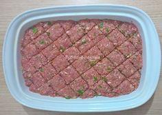 Deixei prontinho o kibe de carne e legumes para o almoço de amanhã. Daí só asso.   Receita na primeira foto da tag #kibedecarneelegumesdadiana