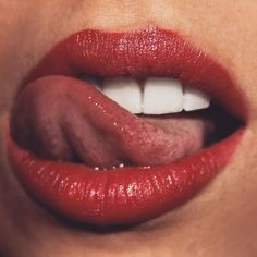 Beautiful Blonde Girl, Beautiful Lips, Girl Tongue, Love Lips, Girls Lips, Kissable Lips, Cute Girl Photo, Glossy Lips, Lip Art