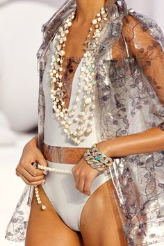 CHANEL - Spring 2012 - Ready to Wear