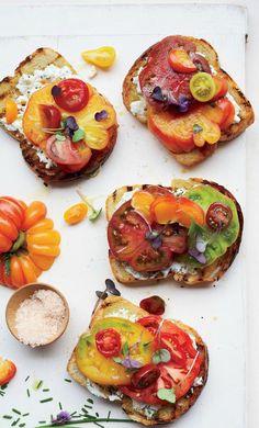Garlic-Toasted Tomato Sandwiches Recipe by thekitchendaily