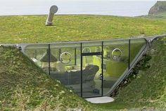 case nella terra  le case scavate nella terra e riscaldate dall'energia geotermica. Questa a forma di petalo è il progetto sognato dall'ex Manchester United Gary Neville, a Bolton- Cerca con Google