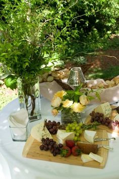 yummy cheese table