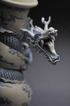 Porcelain vessel by Johnson Cheung-shing Tsang. Click through for a detailed look at his process.