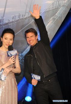 "Actor Tom Cruise at the premiere of his new movie ""Oblivion"" in Beijing, China, May 9, 2013. The Hollywood science fiction movie will be released on May 10."
